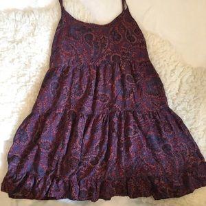 Pretty Tiered Looking Sleeveless Dress